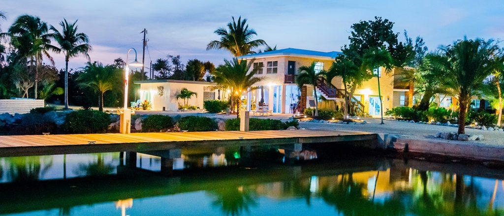 Seascape Motel Resort