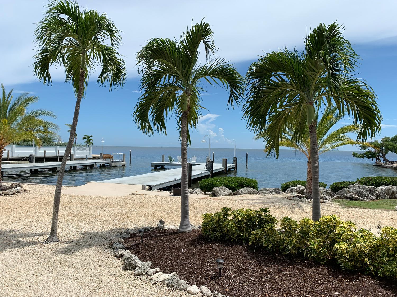 Seascape-Resort-Marina-Ted-Phone-17-1500x1125