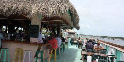 Burdines-waterfront-Seascape-resort-marina-restaurants-nearby-5