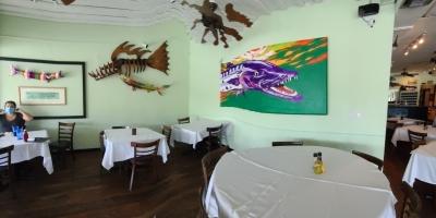Seacape-resort-marina-marathon-dining-Barracuda-grill-1