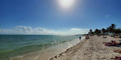 Sombrero-beach-1